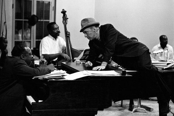 This Week in Social Media, Awesome People Hanging Out Together, social medial, Count Basie, Frank Sinatra